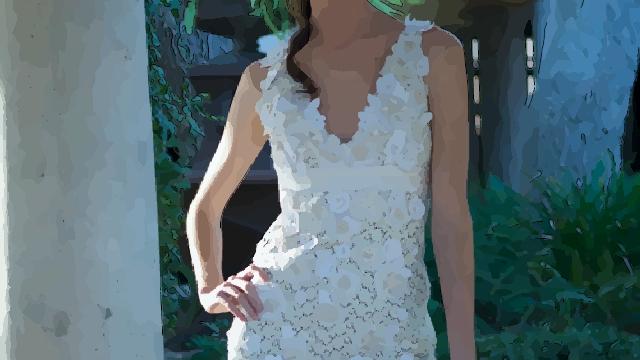 beyaz-elbise-nasil-giyilir-adim3
