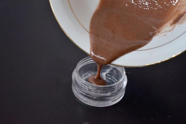kakaolu-dudak-balsami-nasil-yapilir-adim5